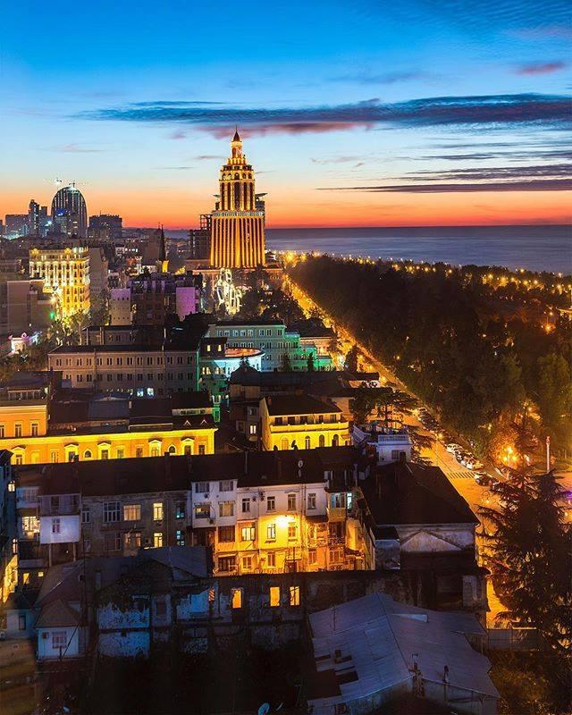 Batumi_at_night
